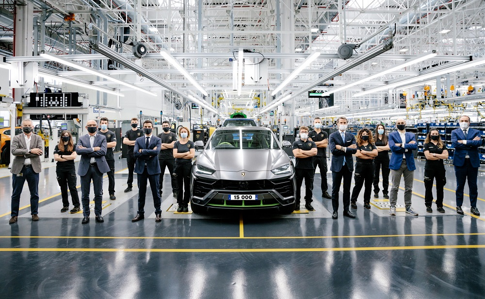 Lamborghini celebrates the 15,000th Urus