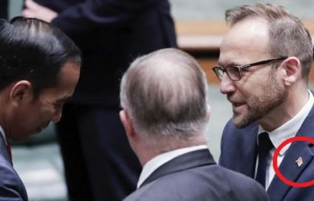 """Hancurnya Martabat Indonesia, """"Antek-Antek"""" Papua Merdeka Permalukan Jokowi di Australia"""