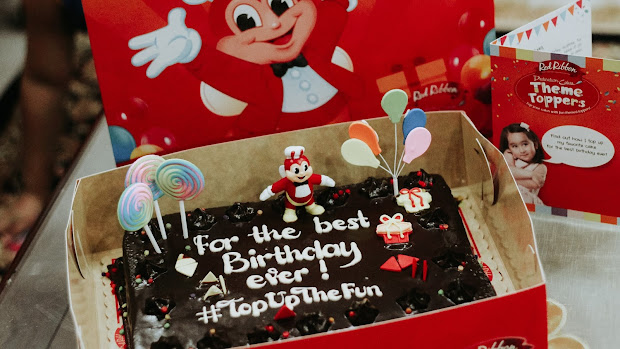 Top Fun With Red Ribbon Dedication Cake Theme