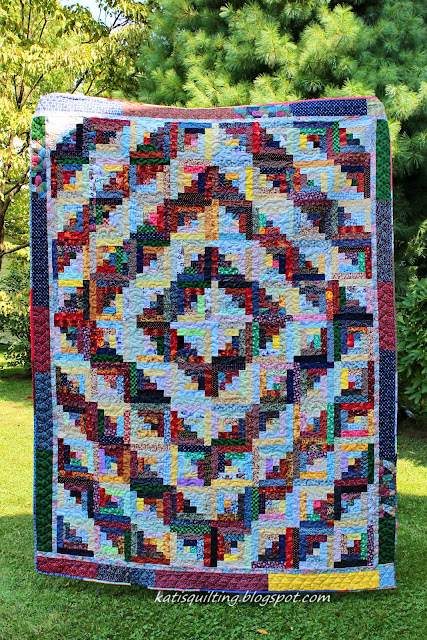 Kati's Quilting and Sewing: Scrappy Barn Raising finished ...