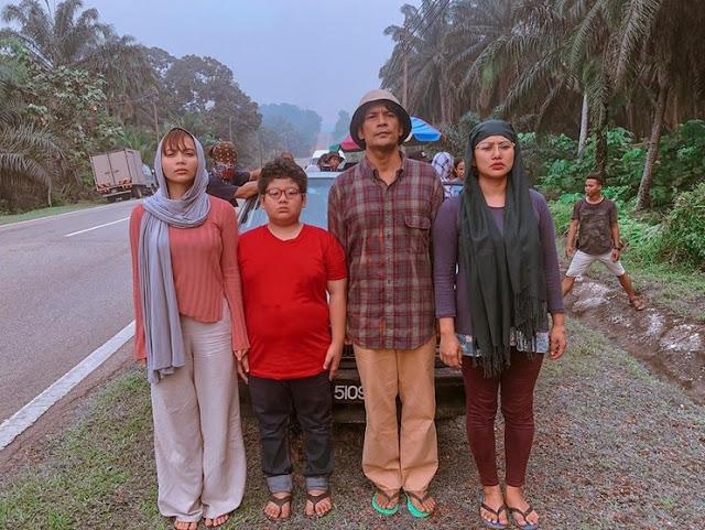Tonton Disini Drama Meletup Ketika Ini - Kampung People (2019)