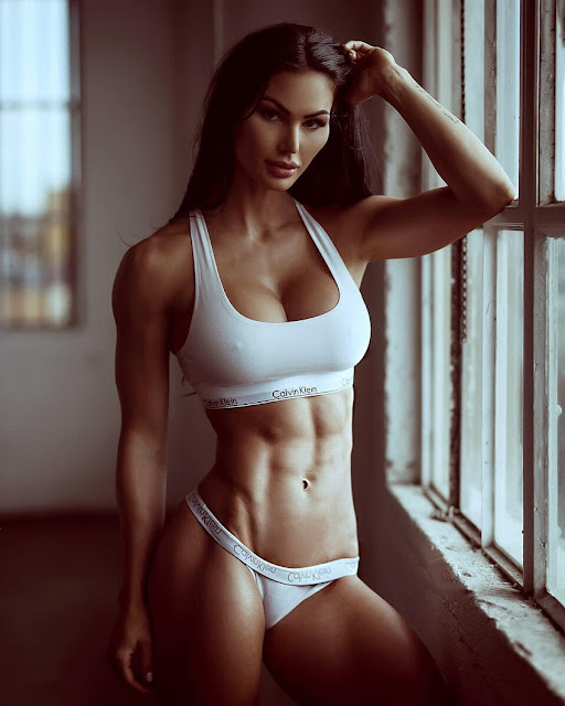 Katelyn Runck Hot Pics And Bio Picture Perfect