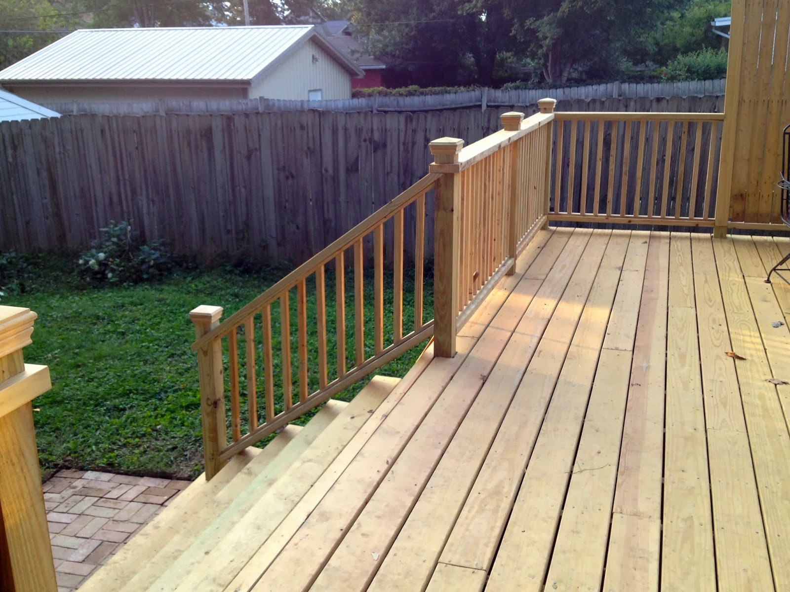 Mel & Liza: DIY Deck Railings