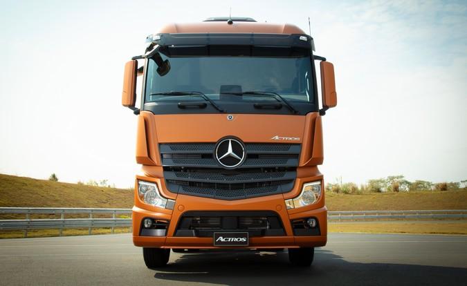 Compra recorde: Transportadora Contatto adquire 100 unidades do Novo Actros