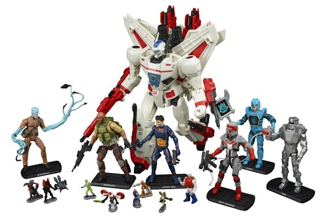 Hasbro IDW 'Revolution' SDCC Exclusive Boxset Features Updated Matt Trakker Figure