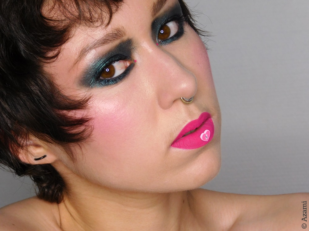 Acceptable in the 80's Makeup Look - 3ina The Longwear Lipstick 409 - Sleek Blush By 3 Pink Sprint - Juvia's Place Tribe Palette - Nabla Brow Divine Neptune - It's Azami - London & Paris Makeup Artist & Blogger