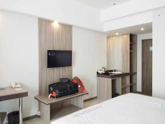 hotel continent my tower Surabaya