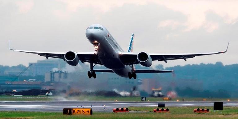 Colombia restringe vuelos hacia Brasil y viceversa por variante de cepa del coronavirus