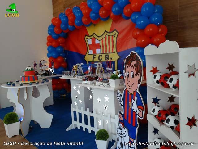 Tema do Barcelona - Decoração em mesa provençal para festa de aniversário infantil