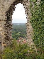 Mirebel :Ruine du chateau