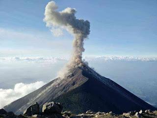 ज्वालामुखी - volcano in hindi