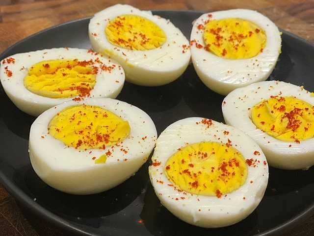 Is it Bad To Eat Lots of Eggs How Many Eggs Is It Safe To Eat Per Day