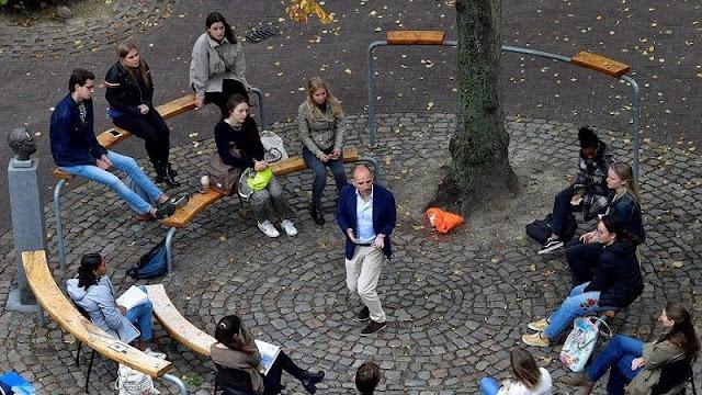 """جامعة هولندية تجد حلاً لكسر """"ملل"""" التعليم عن بعد في هولندا"""