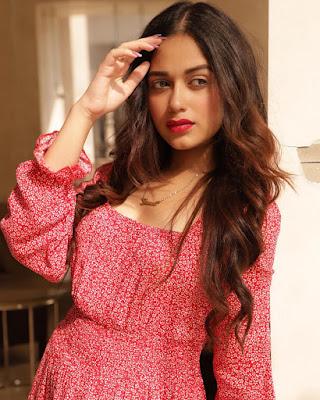 jannat zubair old pictures