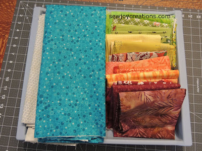 organized quilt fabric