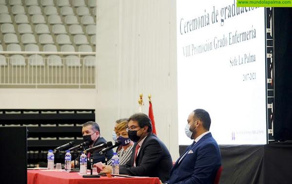 El Cabildo felicita a la VIII Promoción de Enfermería de La Palma por su graduación