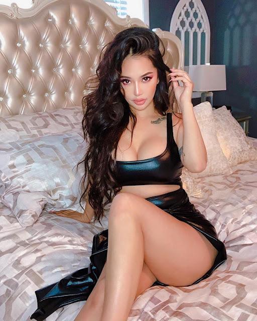 Ashley Vee Hot & Sexy Pics
