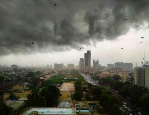Heain forecast in Karachi, alert issued