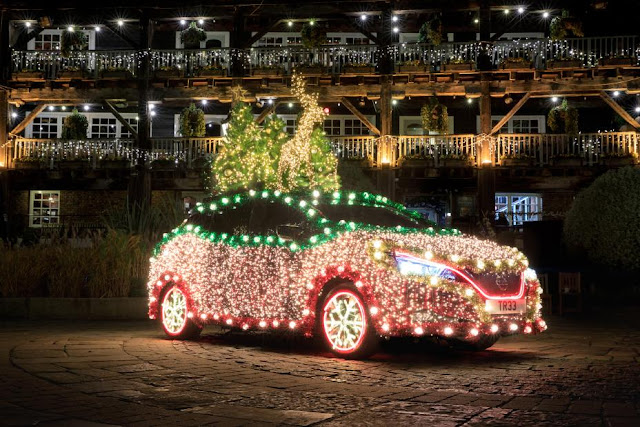 Nissan Leaf Christmas Tree Preview-928x522