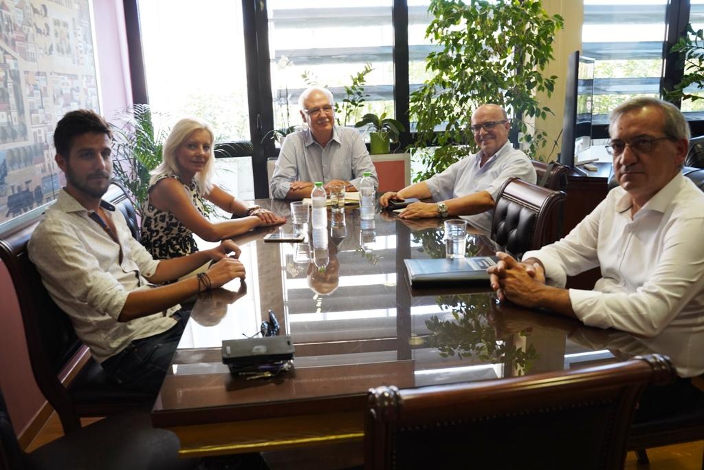 Σε καλό κλίμα η συνάντηση του δημάρχου Απ. Καλογιάννη με τους επικεφαλής των δημοτικών παρατάξεων