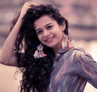 Mithila Palkar Family Husband Son Daughter Father Mother Marriage Photos Biography Profile