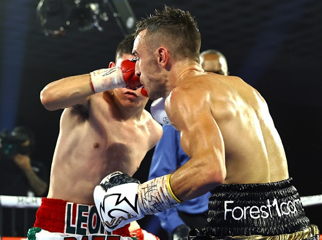 Jason Moloney Vs Leonardo Baez 3