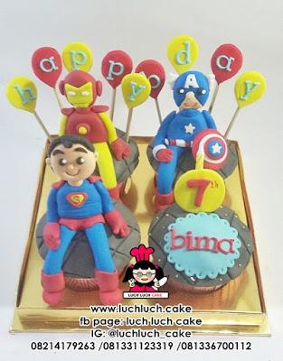 Cupcake Captain America - Iron Man - Superman