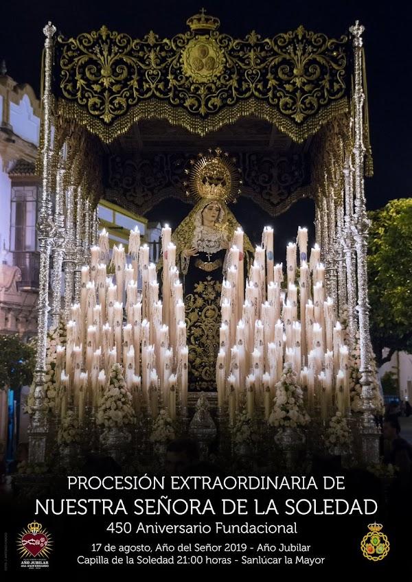 Cartel anunciador de la Procesión Extraordinaria de la imagen de Nuestra Señora de la Soledad de Sanlúcar la Mayor (Sevilla).