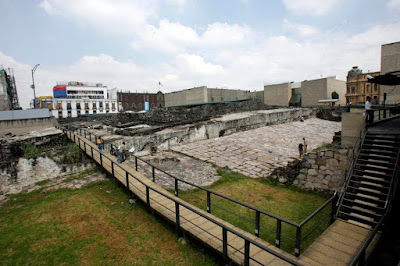 Mexico's Templo Mayor passageway may lead to Aztec ruler