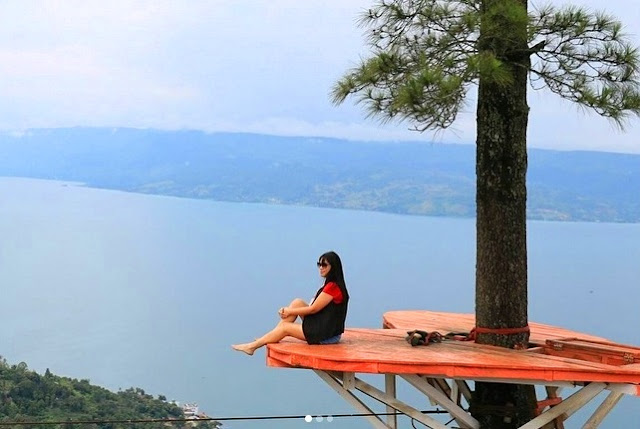Bukit Indah Simarjarunjung Sumatera Utara