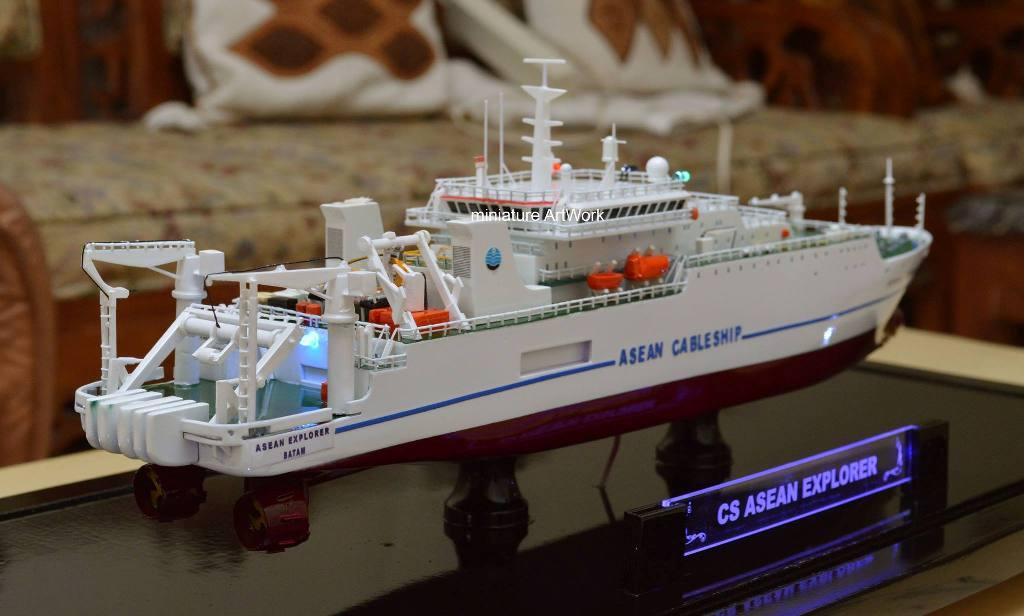 Miniatur Kapal Laut Asean Explorer Cableship Murah dan Bergaransi