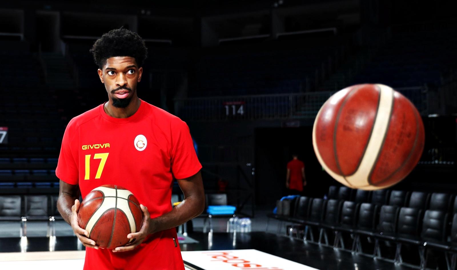 Amile Jefferson: Galatasaray'da olmaktan dolayı çok mutluyum
