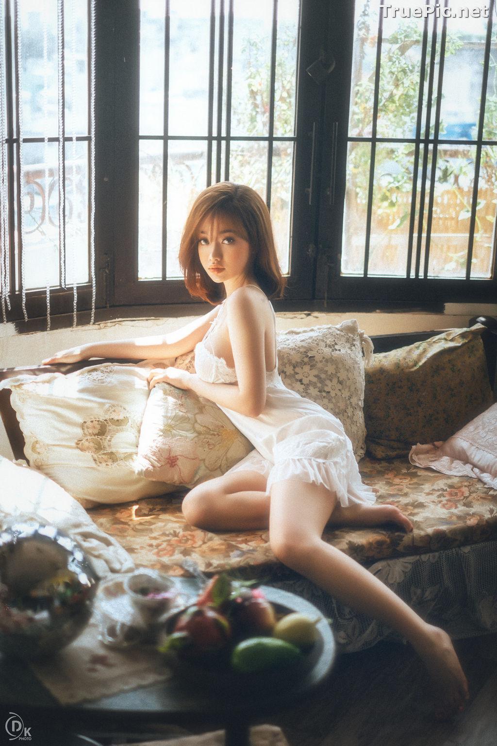 Image Vietnamese Hot Model - Sleepwear and Lingerie Under Dawnlight - TruePic.net - Picture-1