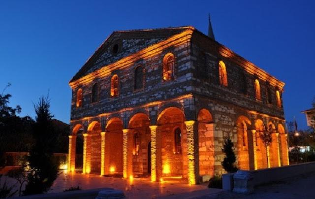 "La Turchia demolisce la chiesa greco-ortodossa nota come ""Hagia Sophia di Bursa"""