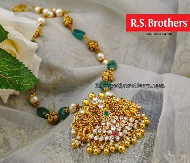 Emerald Beads Set by RS Brothers