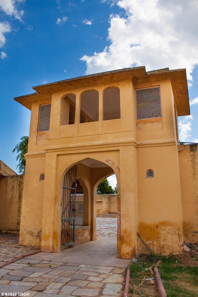 Entrance Gate of Diwane-E-Aam.