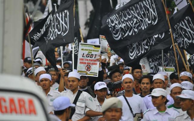 Ribuan Massa Tolak Geliat LGBT di Bogor