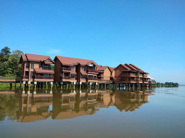 Chalet Kampung Air Water Bukit Merah