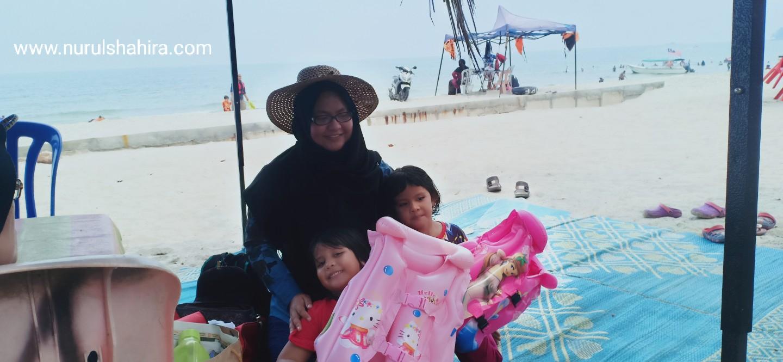 Berkelah di Pantai Port Dickson