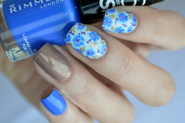 #31dc2015 flower delicate blue cornflower nail art