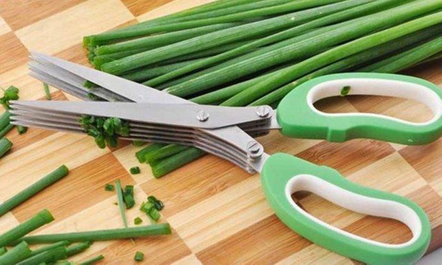 7 อุปกรณ์ครัว - กรรไกร 5 ใบมีด