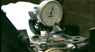 Gambar sedang mengira CR compression ratio enjin