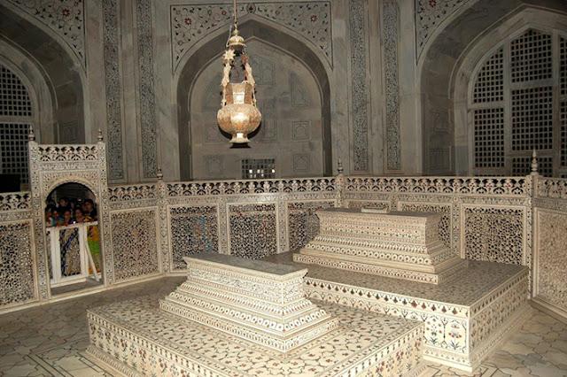 Taj Mahal pertence ao Patrimônio Mundial da UNESCO