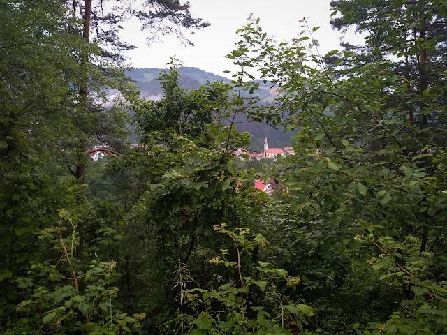 Mai sus de Strada Pajistei; Brasov
