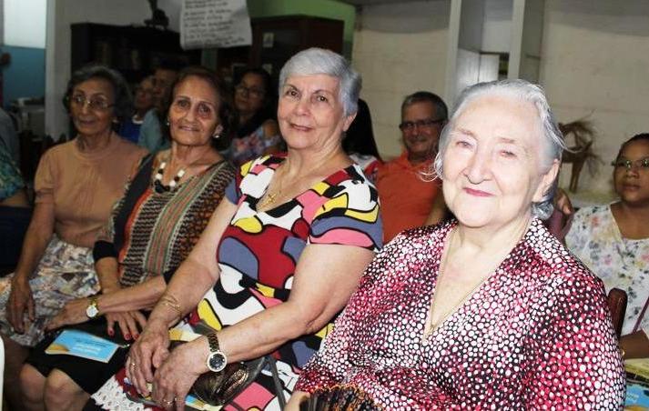 Óbidos de luto. Partiu a imprescindível Maria Luíza Pinto. Por Eduardo Dias