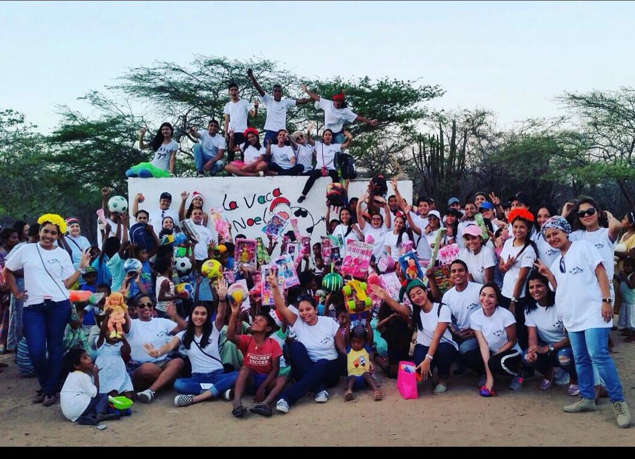 https://www.notasrosas.com/La Vaca Noel': catorce años recolectando alegría para niños y niñas en Navidad