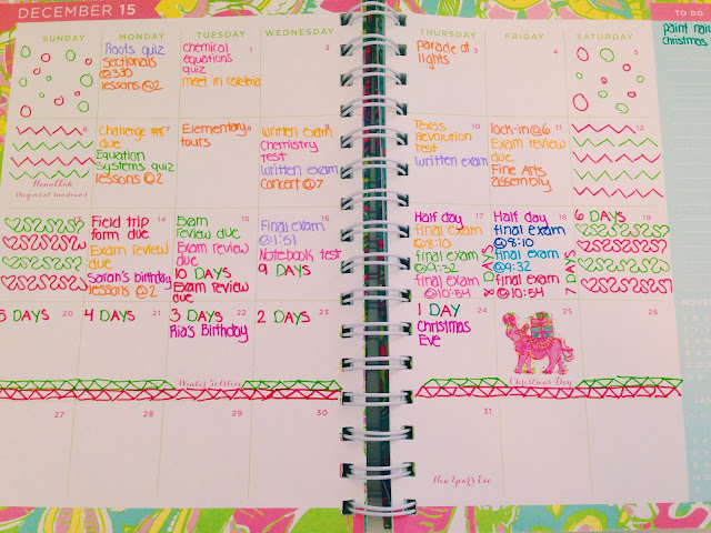 How I Organize My Lilly Pulitzer Agenda + Agenda Review // Live The Prep Life