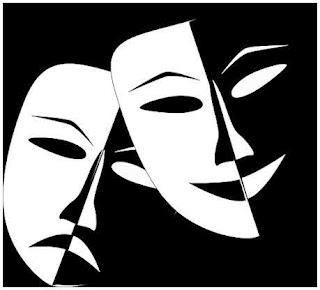 Mustavalkoiset Ilo ja Suru teatterimaskit