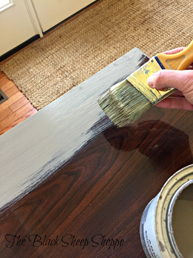 Follow these easy steps to paint laminate.
