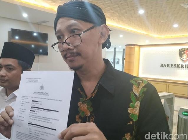 Twit War dengan Tengku Zul, Ini Cuitan Abu Janda soal 'Islam Arogan'